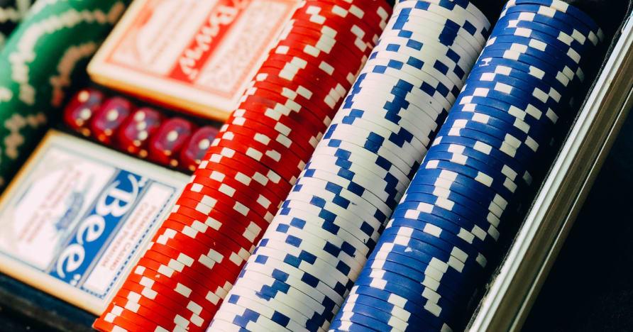 Get into Texas Hold'em