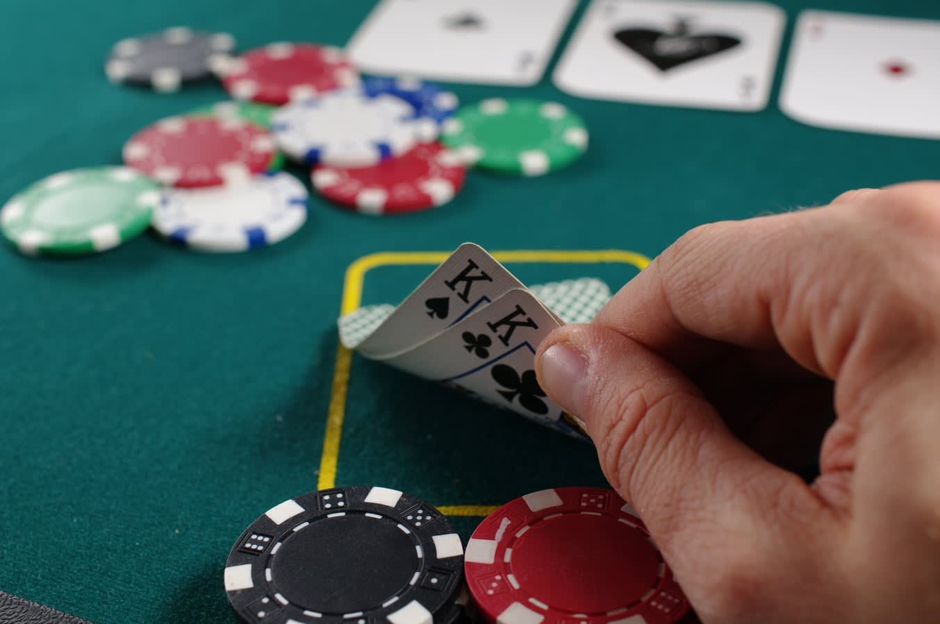 Poker Guide for Making the Winning Hand