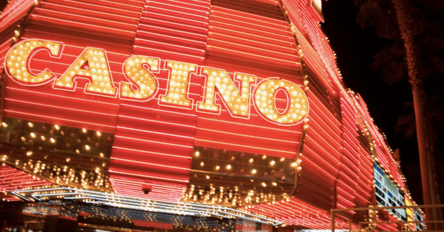 Want to Be a Live Casino Dealer? Top Things to Know
